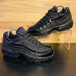 New Nike Women's Air Max 95 Triple Black Running